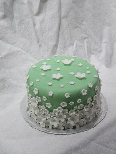 March Challenge Cake.  Try Cake Decorating Tips for Amazing #Cakes #Design on Cake Decorating Courses http://CakeDecoratingCoursesOnline.com