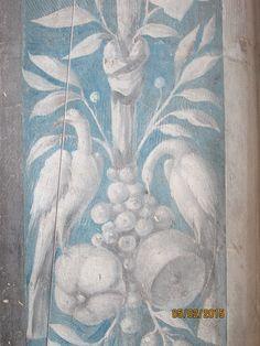 Chateau d'Ecouen, peintures murales sur les bords de fenêtres.