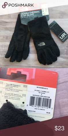 North Face Denali gloves, BRAND NEW!! North Face Denali gloves, BRAND NEW!! Women's small, black. Smoke free home. The North Face Accessories Gloves & Mittens