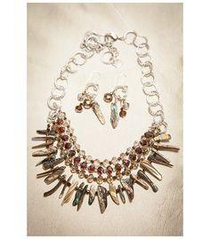 Collar elaborado en Nacar Abalon Paua y finas cuentas de cristal murano. Nueva colección de Hogla, moda en accesorios, diseños exclusivos