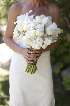 Gorgeous white bouquet. Photography By / http://stevestantonphotography.com/,Planning By / http://summitsoiree.com