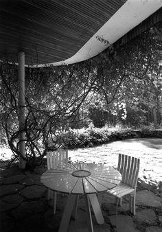 ·Puutarhaideoita. Luonnonkivilaatat patiolla |· villa mairea