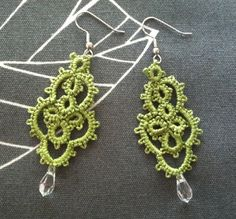 Handmade Green Tatted Lace Earrings with Accent Bead in Romantic Vintage Look