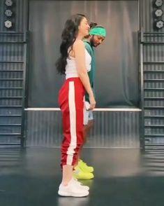 Hip Hop Dance Videos, Dance Workout Videos, Dance Music Videos, Dance Choreography Videos, Dancer Workout, Dance Moms Videos, Cool Dance Moves, Dance Tips, Hip Hop Dance Moves