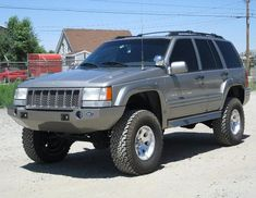 Jeep ZJ - Plastic Bumper for increased approach angle Jeep Grand Cherokee Zj, Jeep Grand Cherokee Laredo, Cherokee Nation, Jeep Scrambler, Jeep Baby, Jeep Mods, Jeep Truck, Jeep 4x4, Off Road