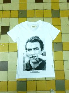 t-shirt Tom Selleck moustache  Eleven