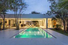 Gallery of House Between Trees / AS Arquitectura - 1