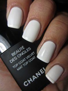 OPI Bride's Bouquet - White nails