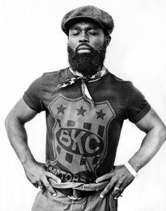 Afro Punk / Photographer Phil Knott spent a year shooting afros in New York to capture the spirit of black culture. Afro Punk Fashion, Mens Fashion, Black Men Beards, Beard Game, Renaissance Men, Beard Styles For Men, African Diaspora, Beard Lover, Bearded Men