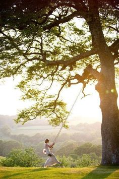 The classic tree swing looks romantic, fun and relaxing all at the same time. Straight from a Jane Austen novel.