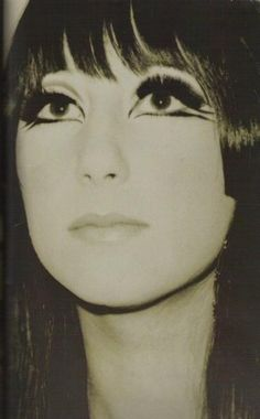 Her eye makeup is beyond amazing 1960s Makeup, Vintage Makeup, Vintage Beauty, Charlotte Rampling, Makeup Inspo, Makeup Inspiration, Makeup Ideas, Alexa Chung, 60s Hair