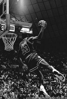 Basket ball tattoos for men michael jordan 51 ideas Michael Jordan Basketball, Ar Jordan, Kobe Bryant Michael Jordan, Mvp Basketball, Basketball Pictures, Basketball Tattoos, Jordan Jersey, Basketball Socks, Nike Basketball