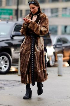The Best Street Style at New York Fashion Week Fall 2018 - HarpersBAZAAR.com
