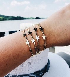 Top Anklets and fashion accessories design Dainty Jewelry, Cute Jewelry, Gold Jewelry, Jewelry Box, Jewelry Accessories, Jewelry Watches, Jewelry Making, Jewlery, Silver Bracelets