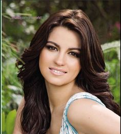 Maite Perroni Beorlegui was born in 9 March Maite is a Mexican actress and singer. She has played in many telenovela such as:'' Rebe. Latin Girls, Latin Women, Beautiful Eyes, Most Beautiful Women, Beautiful People, Gorgeous Hair, Mexican Actress, We Are The World, Jolie Photo