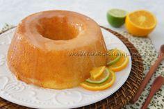 Esse bolo ficou DIVINO! Molhadinho e muito saboroso. É uma receita de fácil preparo e com um resultado surpreendente. Bom apetite! Leia mais...