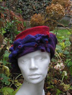 Filzhut...Ursula Pauly felt hat handmade clothing  Love how she creates texture!