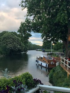 Nags Head Island, Abingdon