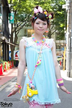 "Harajuku street fashion   6%DokiDoki's ""Kawaii"" World Tour   nice! it looks interesting! (。'▽'。)♡"