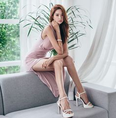 "korean-dreams-girls: "" Park SooYeon - July 2016 Set [Part "" Sexy Asian Girls, Beautiful Asian Girls, Asian Fashion, Girl Fashion, Asia Girl, Sexy Legs, Asian Woman, Asian Beauty, Beauty Women"
