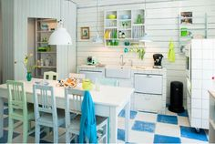 Essentials To The Southern Home: A Welcoming Kitchen