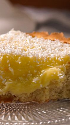 Coconut pie- Tarta de Coco Enjoy this Coconut Cake with a rich hot infusion - Coconut Desserts, Lemon Desserts, Delicious Desserts, Yummy Food, Coconut Ideas, Pie Coconut, French Coconut Pie, Cheesecake Desserts, Lemon Cheesecake