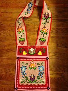 Native American Regalia, Native American Design, Native Design, Native American Artifacts, Native American Beadwork, Indian Beadwork, Native Beadwork, Beaded Purses, Beaded Bags