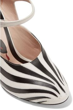 Gucci - Goat Hair-trimmed Leather Pumps - Zebra print - IT40