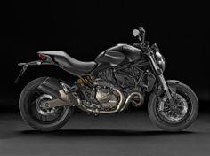 Ducati Monster 821, roadster 2014 avec bicylindre de 112 chevaux et 179 kg, avec ABS de série.