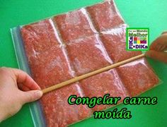 Congelando a carne moída dessa forma, vc só vai usar o que precisa no momento. Veja mais ideias aqui http://beatriz13out.blogspot.com.br/2013/08/dicas-que-facilitam-sua-vida.html