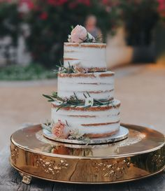 Our Favorite Wedding Cakes from 2017 | Green Wedding Shoes | Weddings, Fashion, Lifestyle Trave