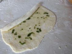 How Sweet Eats, Pesto, Camembert Cheese, Food And Drink, Pizza, Bread, Meals, Recipes, Beautiful