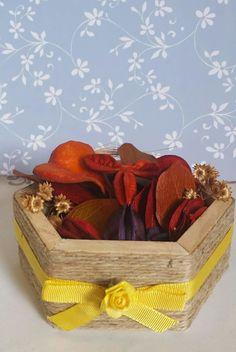 Pout Pourri na Caixa decorada | Isarte-Aroma com Arte | Elo7