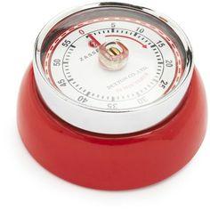 red retro magnetic kitchen timer, sur la table