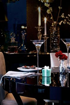 * Dreaming of having such a luxurious Valentine's experience, little Tiffany & Co. Box included...