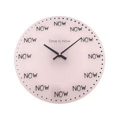 O relógio de parede Time Is Now é um item bonito e descontraído, que só tem a contribuir para o visual da sua parede. Você encontra aqui, na Casa Geek!