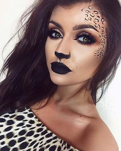 Looking for for inspiration for your Halloween make-up? Browse around this site for creepy Halloween makeup looks. Cheetah Makeup, Animal Makeup, Make Up Looks, Halloween Makeup Clown, Scary Halloween, Leopard Halloween Makeup, Leopard Costume, Halloween Spider, Cheetah Halloween Costume