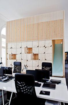 Ekimetrics office renovation by Estelle Vincent Bureau Design, Workspace Design, Office Workspace, Office Interior Design, Office Decor, Corporate Interiors, Office Interiors, Corporate Offices, Cabinet D Architecture