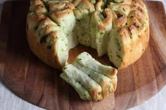 Herb and garlic pull-apart | Thermomix | Everyday Cookbook