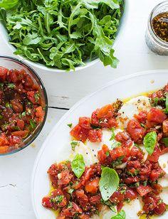 Tuttorosso Tomatoes Caprese Tossed Salad
