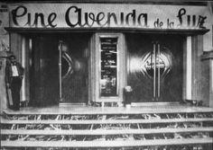 Así se apagó la 'Avenida de la Luz' de Barcelona: la que fue la mayor galería comercial subterránea de Europa