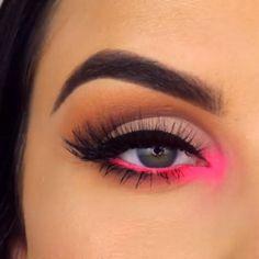45 Elegant Eye Makeup Ideas For Women All Age To Try Erstaunliche 45 elegante Augen-Make-up-Ideen, damit Frauen alles Alter versuchen Makeup Goals, Makeup Inspo, Makeup Inspiration, Makeup Tips, Beauty Makeup, Makeup Style, Hair Beauty, Hazel Eye Makeup, Makeup Eye Looks