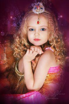 Anastasia Orub (born May 15, 2008) Russian child model. Liliana Novikova Photography.