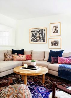 Couch with cushions / pillows - Cosy!