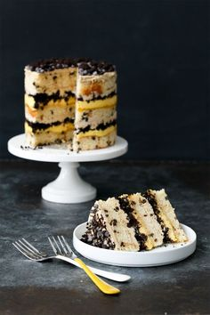 Milk Bar Chocolate Chip & Passionfruit Cake Recipe - A stunning cake without the fuss of frosting! Cake Bars, Passion Fruit Curd, Cake Recipes, Dessert Recipes, Chocolate Chip Cake, Chocolate Muffins, Let Them Eat Cake, Cupcake Cakes, Cupcakes