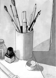 Landscape Pencil Drawings, Pencil Art Drawings, Art Drawings Sketches, Cool Drawings, Still Life Pencil Shading, Still Life Drawing, Beginner Sketches, Bottle Drawing, Human Figure Drawing