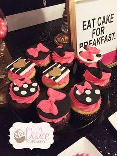 24 ideas for bridal shower cake fun kate spade Kate Spade Party, Kate Spade Bridal, Barbie Birthday, Barbie Party, Fancy Cupcakes, Amazing Cupcakes, Barbie Cupcakes, Fancy Baby Shower, 30th Birthday Parties