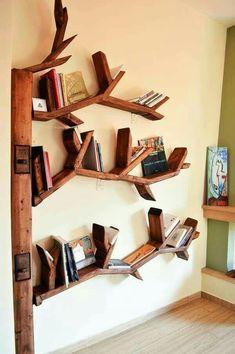 Awesome And Genius Tree Bookshelf Design And Styling Ideas - Tree Bookshelf, Bookshelf Design, Tree Shelf, Shelf Furniture, Furniture Design, Furniture Ideas, Creative Bookshelves, Diy Regal, Unique Shelves