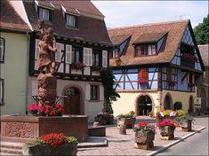 La place Schwendi de Kientzheim