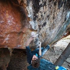 www.boulderingonline.pl Rock climbing and bouldering pictures and news Sudden realisation: